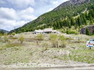 Photo 3: 1850 WHITE LAKE ROAD W in Keremeos/Olalla: Out of Town House for sale : MLS®# 184764
