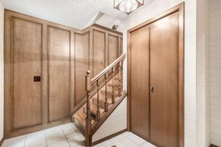 Photo 3: 31 EDGEWOOD Place NW in Calgary: Edgemont Detached for sale : MLS®# C4305127