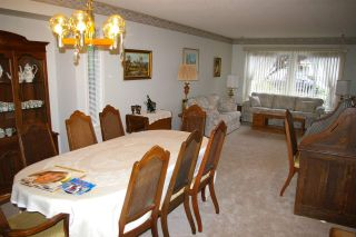 Photo 5: 6970 COACH LAMP Drive in Sardis: Sardis West Vedder Rd House for sale : MLS®# R2118745