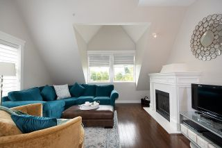 """Photo 14: PH1 380 W 10TH Avenue in Vancouver: Mount Pleasant VW Townhouse for sale in """"Turnbull's Watch"""" (Vancouver West)  : MLS®# R2603176"""