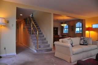 Photo 3: 7 5939 YEW Street in Vancouver: Kerrisdale Condo for sale (Vancouver West)  : MLS®# V1001376