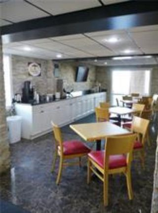 Photo 10: 7474 Gaetz (50) Avenue N: Red Deer Hotel/Motel for sale : MLS®# A1149768
