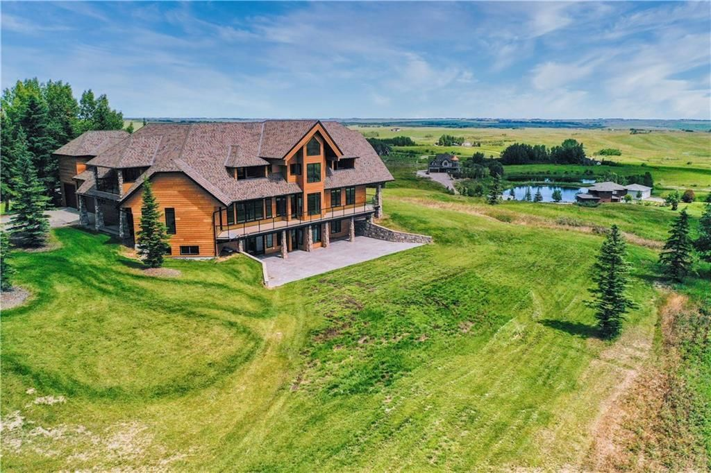 Photo 2: Photos: 264010 Big Hill Springs Court in Rural Rocky View County: Rural Rocky View MD Detached for sale : MLS®# A1069072
