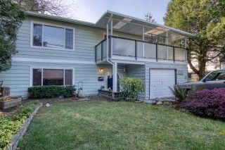 Photo 2: 14504 NORTH BLUFF ROAD: White Rock House for sale (South Surrey White Rock)  : MLS®# R2549785