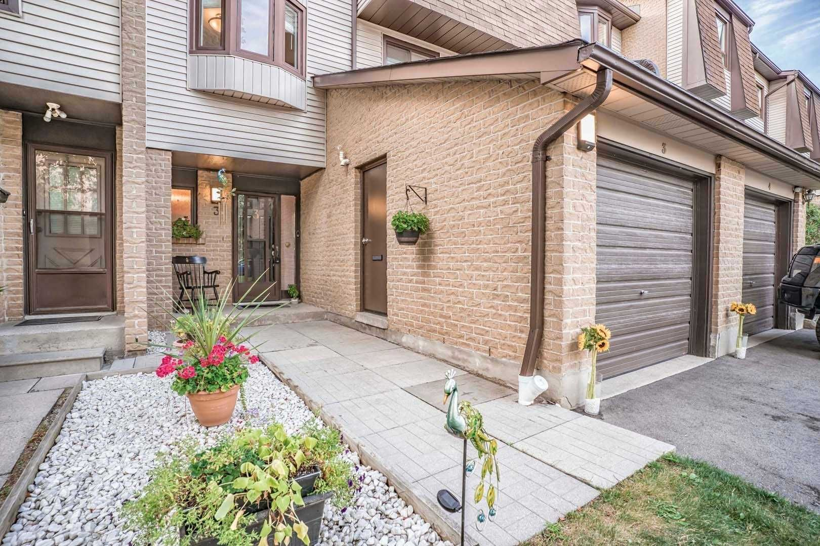 Main Photo: #3 6040 Montevideo Road in Mississauga: Meadowvale Condo for sale : MLS®# W4888521