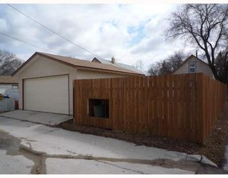 Photo 9: 137 MCMEANS Avenue West in WINNIPEG: Transcona Residential for sale (North East Winnipeg)  : MLS®# 2907147