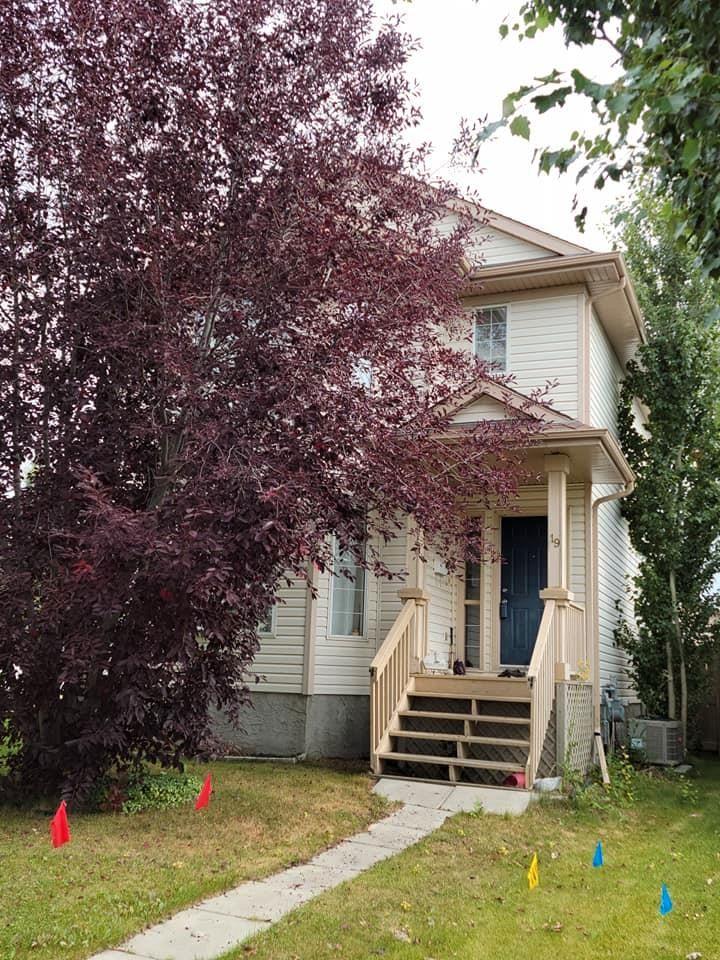 Main Photo: 19 CAMPBELL Court: Leduc House for sale : MLS®# E4260584