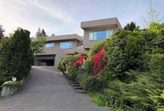 Main Photo: 1469 CAMELOT Road in West Vancouver: Chartwell House for sale : MLS®# R2517285