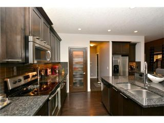 Photo 8: 12 SAGE MEADOWS Circle NW in Calgary: Sage Hill House for sale : MLS®# C4053039