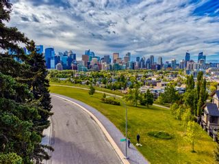 Photo 3: 942 Crescent Road NW in Calgary: Rosedale Detached for sale : MLS®# A1100550