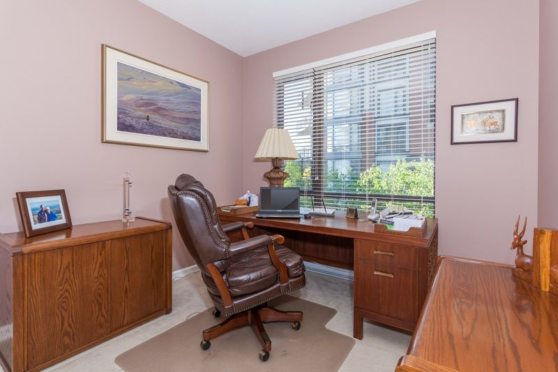 """Photo 14: Photos: 306 1551 FOSTER Street: White Rock Condo for sale in """"Sussex House"""" (South Surrey White Rock)  : MLS®# R2170329"""