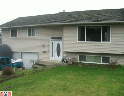 """Main Photo: 34621 BLATCHFORD Way in Abbotsford: Abbotsford East House for sale in """"McMillan"""" : MLS®# F1003216"""
