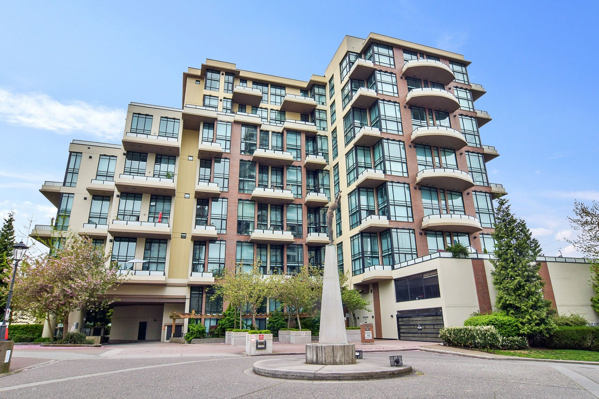 "Main Photo: 207 10 RENAISSANCE Square in New Westminster: Quay Condo for sale in ""MURANO LOFTS"" : MLS®# R2573539"