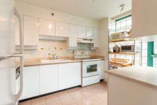 """Photo 17: 601 1132 HARO Street in Vancouver: West End VW Condo for sale in """"THE REGENT"""" (Vancouver West)  : MLS®# R2616925"""