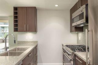 "Photo 4: 356 168 W 1ST Avenue in Vancouver: False Creek Condo for sale in ""WALL CENTRE - FALSE CREEK"" (Vancouver West)  : MLS®# R2510133"
