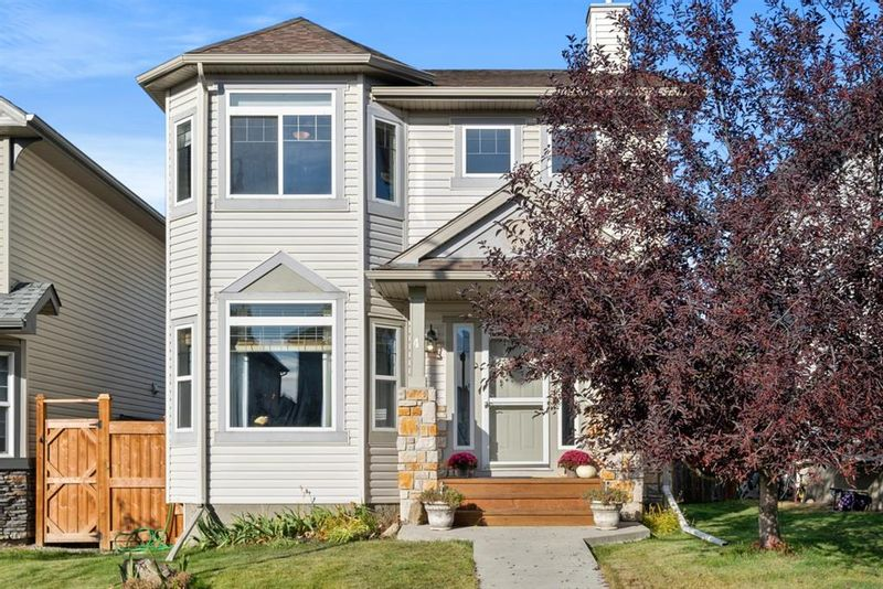 FEATURED LISTING: 4 Crystal Shores Hill Okotoks