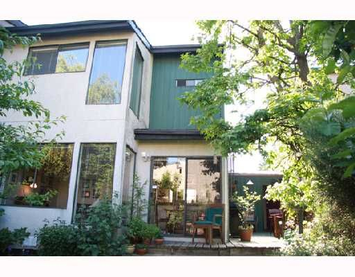 Main Photo: 3026 MAPLEBROOK Place in Coquitlam: Meadow Brook 1/2 Duplex for sale : MLS®# V716673