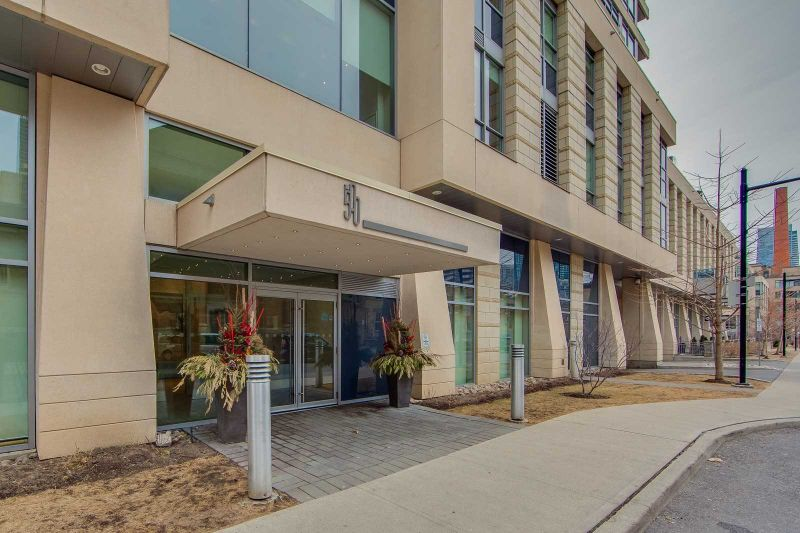 FEATURED LISTING: 1407 - 500 Sherbourne Street Toronto