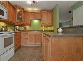 "Photo 5: 271 27411 28TH Avenue in Langley: Aldergrove Langley Townhouse for sale in ""Alderview"" : MLS®# F1305689"