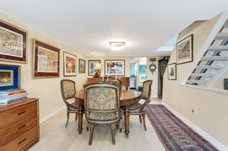Photo 3: 2215 OAK Street in Vancouver: Fairview VW Townhouse for sale (Vancouver West)  : MLS®# R2542195