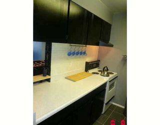 """Photo 6: 11806 88TH Ave in Delta: Annieville Condo for sale in """"SUNGOD VILLA"""" (N. Delta)  : MLS®# F2706923"""