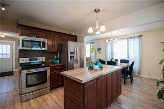 Photo 2: 19 Cropo Bay in Winnipeg: Tyndall Park Residential for sale (4J)  : MLS®# 1831120