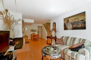 """Photo 8: 3424 LANGFORD Avenue in Vancouver: Champlain Heights Townhouse for sale in """"RICHVIEW GARDENS"""" (Vancouver East)  : MLS®# R2073849"""