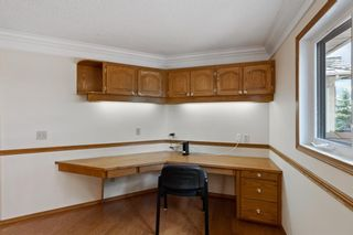 Photo 31: 927 Shawnee Drive SW in Calgary: Shawnee Slopes Detached for sale : MLS®# A1123376