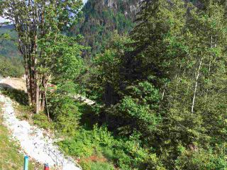 Photo 2: 2222 WINDSAIL PLACE in Squamish: Plateau Land for sale : MLS®# R2068451