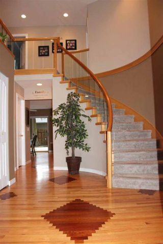 Photo 2: 4188 207 STREET in Langley: Brookswood Langley House for sale : MLS®# R2052049