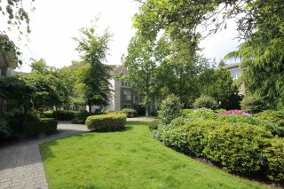 Photo 21: 304 1929 154 STREET in Surrey: King George Corridor Condo for sale (South Surrey White Rock)  : MLS®# R2486337