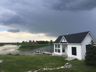 Photo 32: 13 SUNRISE Drive in Gimli Rm: Miklavik Residential for sale (R26)  : MLS®# 202100935