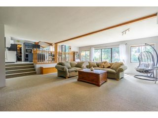 """Photo 10: 5693 246B Street in Langley: Salmon River House for sale in """"Strawberry Hills"""" : MLS®# R2581295"""