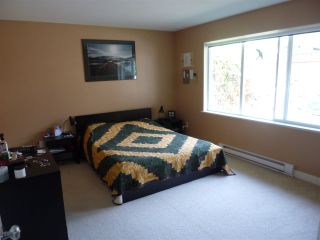 """Photo 9: 5744 EMILY Way in Sechelt: Sechelt District House for sale in """"CASCADE HEIGHTS"""" (Sunshine Coast)  : MLS®# R2400913"""