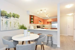 """Photo 6: 110 15621 MARINE Drive: White Rock Condo for sale in """"PACIFIC POINT"""" (South Surrey White Rock)  : MLS®# R2348468"""