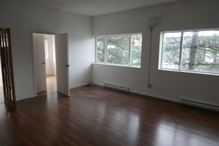 Photo 3: 38026 SECOND Avenue in Squamish: Downtown SQ Office for sale : MLS®# C8037489