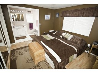"""Photo 3: 33 997 20 Highway in Williams Lake: Williams Lake - Rural West Manufactured Home for sale in """"CHILTCOTIN ESTATES"""" (Williams Lake (Zone 27))  : MLS®# N234387"""