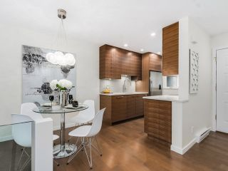 Photo 7: 1614 MAPLE Street in Vancouver: Kitsilano Townhouse for sale (Vancouver West)  : MLS®# R2014583