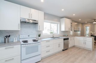 Photo 16: 216 Kimberly Avenue in Winnipeg: East Kildonan Residential for sale (3D)  : MLS®# 202123858