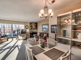 Photo 10: 2251 OAK Street in Vancouver: Fairview VW Townhouse for sale (Vancouver West)  : MLS®# R2439242