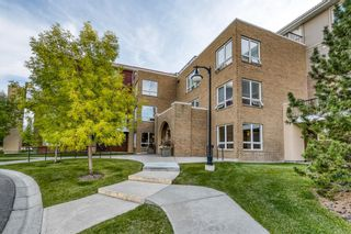 Photo 2: 1112 10221 Tuscany Boulevard NW in Calgary: Tuscany Apartment for sale : MLS®# A1144283