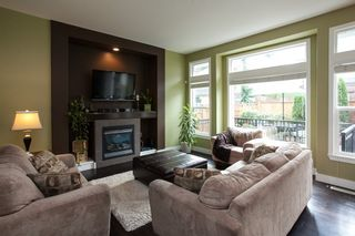 """Photo 2: 15060 59 Avenue in Surrey: Sullivan Station House for sale in """"Panorama"""" : MLS®# R2127641"""
