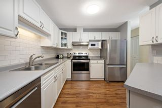 Photo 16: 104 1970 Comox Ave in : CV Comox (Town of) Condo for sale (Comox Valley)  : MLS®# 886601
