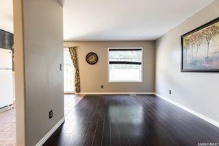 Photo 3: 16 327 Berini Drive in Saskatoon: Erindale Residential for sale : MLS®# SK871156