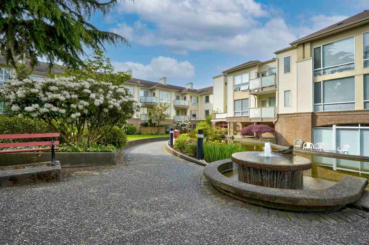 """Main Photo: 103 6740 STATION HILL Court in Burnaby: South Slope Condo for sale in """"WYNDHAM COURT"""" (Burnaby South)  : MLS®# R2576975"""