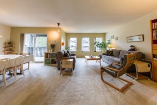 Photo 2: 2158 STIRLING Avenue in Port Coquitlam: Glenwood PQ House for sale : MLS®# R2258483