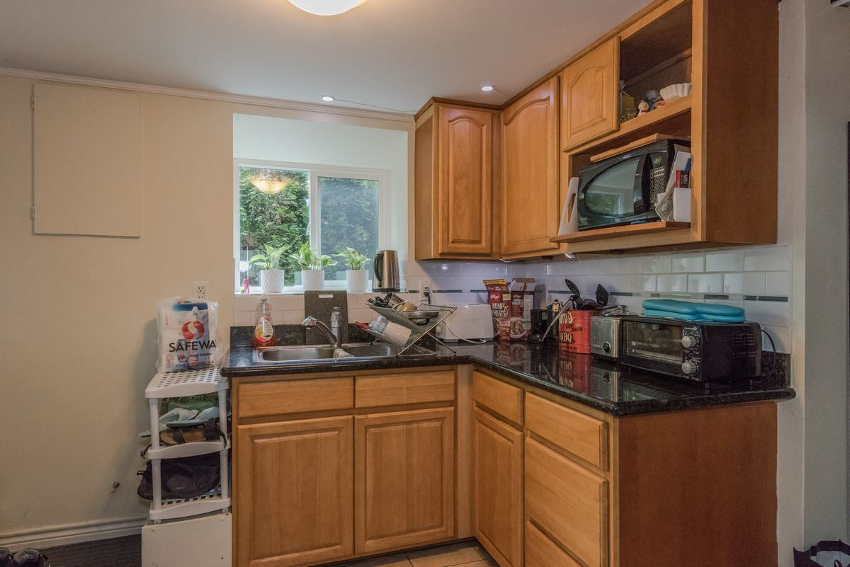 Photo 19: Photos: 2225 E 27TH AVENUE in Vancouver: Victoria VE House for sale (Vancouver East)  : MLS®# R2206387