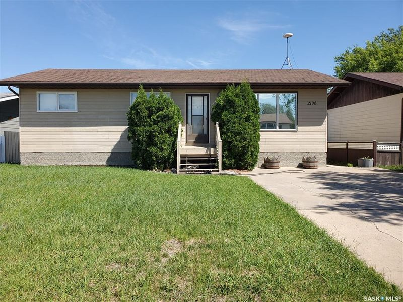 FEATURED LISTING: 2108 100A Street Tisdale