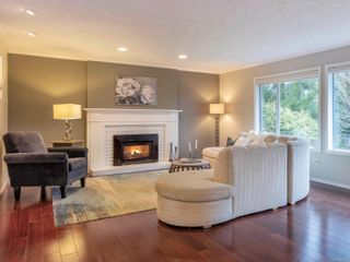 Photo 2: 8590 Sentinel Pl in : NS Dean Park House for sale (North Saanich)  : MLS®# 864372
