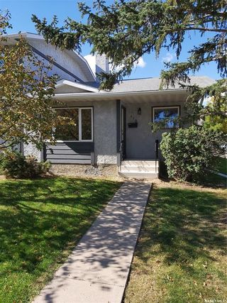 Photo 1: 110 140 Meilicke Road in Saskatoon: Silverwood Heights Residential for sale : MLS®# SK871010